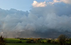 Storm approaching (Baz Richardson) Tags: weather clouds skyscape northamptonshire approachingstorm