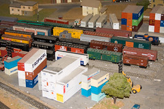 CG375 Shipping Containers (listentoreason) Tags: usa america canon newjersey model modeltrain unitedstates favorites places diorama northlandz scalemodel modelrailroad hoscale ef28135mmf3556isusm score20 hoscalemodelrailroad