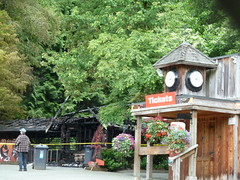 20120622_StanleyPkMiniatureTrainStationBurned_Cutler_P1250447 (wlcutler) Tags: stanleypark