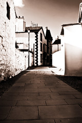Beaumaris, Anglesey (mrsdawnpickering) Tags: street architecture canon blackwhite inn ancient cymru toned beaumaris lithe angleseywales