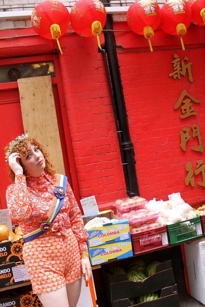 IMG_7381 (Nicole Eymard) Tags: red london angel vintage avocado chinatown  hellokitty 1940s squid