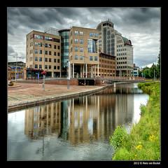 Deventer - Leeuwenbrug (Hans van Bockel) Tags: city building photoshop office nikon handheld d200 hdr stad deventer gebouw kantoren photomatix leeuwenbrug 1024mm