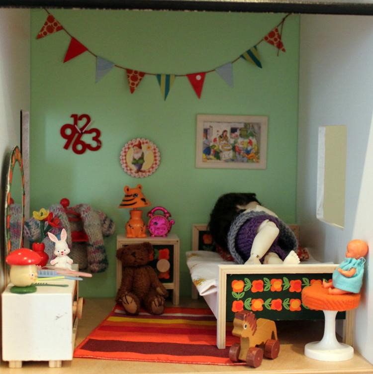 ikea lillabo dollshouse blythe. Someone Was Very Tired (*blythe-berlin*) Tags: Ikea Person Luca Lillabo Dollshouse Blythe E
