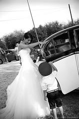 Andrea & Maria Chiara (Francesco Magnani) Tags: wedding blackandwhite car macchina matrimonio biancoenero sposa bambino nikonflickraward