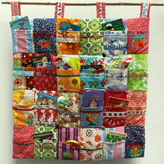 Tutorial - Adventskalender - Advent calendar (*Pppilottchen aka dollily*) Tags: christmas new vintage weihnachten design klein little buttons adventskalender books fabric adventcalendar ebook selfmade madebyme tutorial anleitung graziela stoff knpfe pppilottchen pixibcher pueppilottchende