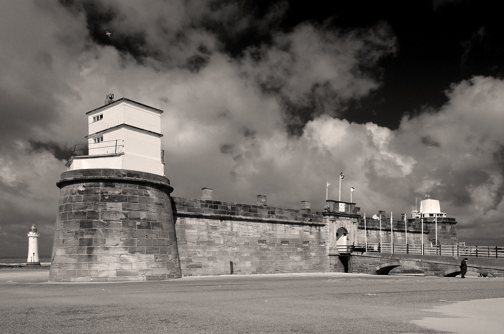 Fort Perch Rock (2)