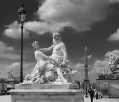 Jardin des Tuilleries (Serlunar (tks for 5.0 million views)) Tags: paris france jardin des jardim das obelisque tuilleries tulherias serlunar
