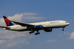 DELTA AIRLINES | Boeing777-232/ER | N867DA | Tokyo Narita Airport (akg414p010) Tags: dal boeing dl boeing777 deltaairlines 777200er b772