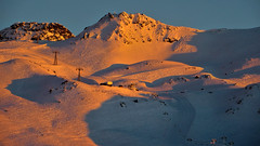 Alpenglow on the Pointe Rnod and the Rocher Rnod - Savoie - France (Felina Photography) Tags: light shadow twilight valthorens alpenglow alpenglhen troisvalles rocherrnod