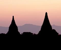 BAGAN PAGAN TEMPLES SUNSET (patrick555666751) Tags: sunset de soleil asia burma south coucher du jour east temples myanmar asie contre sud est pagan bagan birmanie baganpagantemplessunset