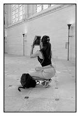 Beautiful girl with iPad (Franco & Lia (away for awhile)) Tags: street blackandwhite paris france noiretblanc tokina chateau francia biancoenero 1224 vincennes parigi photographiederue fotografiadistrada
