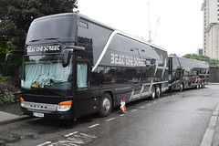 Barry Manilow 'One Last Time' Tour 2016 Beat The Street Tour Bus IL 322 HX (5asideHero) Tags: street bus last one coach tour time double il barry beat hx dt sleeper 322 manilow decker setra the 2016 s431