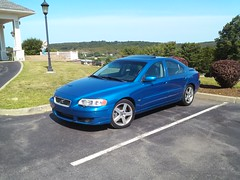 CAM00868 (Jared R 945) Tags: show blue volvo ct sonic woodenboat s60 mystic seaport s60r nordkap m66