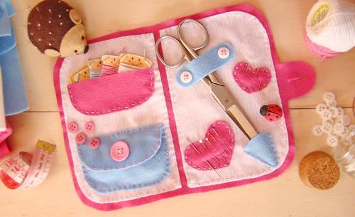 Kit de Costura da Mamãe (com molde)