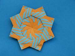 Modular, criado em 22/06/12 (esli24) Tags: origami modular modularorigami origamistar carlagodoy origamistern esli24 ilsez papierfaltenstern