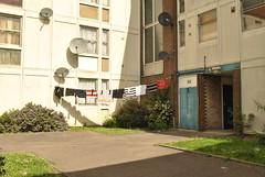 Barham Park Estate, Sudbury, London (J@ck!) Tags: london condemned sudbury councilestate satellitedishes washingline lowrise socialhousing londonboroughofbrent ha0 barhamparkestate resiform