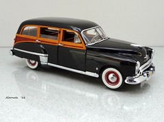 1949 Oldsmobile 88 Wood-Bodied Station Wagon (JCarnutz) Tags: 1949 oldsmobile stationwagon diecast 124scale danburymint futuramic88