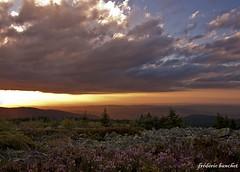 20h36 (Différents Regards - Fred Banchet) Tags: nature soleil nuage paysage montagnes rhonealpes parcdupilat