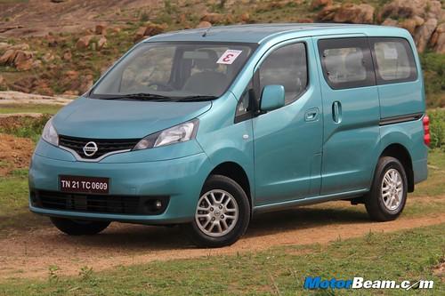 2012-Nissan-Evalia-17