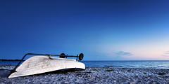 The Boat (F. Ewald) Tags: sea summer beach strand sunrise denmark boot see coast boat meer sommer baltic dnemark danmark sonnenaufgang ostsee kste nykbing sjlland odsherred