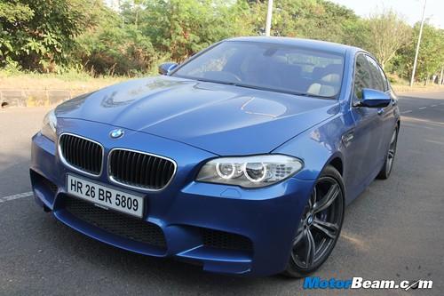 2012-BMW-M5-30