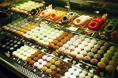 Designer Donuts (jjldickinson) Tags: food retail shopping japanese design candy display donut pastry mochi groceries mitsuwa olympusom1 manju torrance fujicolorsuperiaxtra400 promastermcautozoommacro2870mmf2842 promasterspectrum772mmuv jsweets jaluxamerica tokyoginzarokumeikan roll490o2
