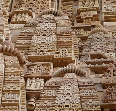 Intricate Detailing (chdphd) Tags: temple khajuraho lakshmana lakshmanatemple