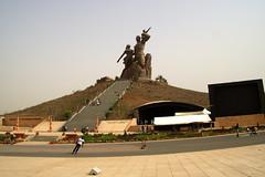 2016 005 Dakar32 (ngari.norway) Tags: africa travel sculpture photos senegal dakar northkorea ngari theafricanrenaissancemonument