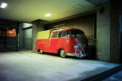 L1003816 (Yu,Tsai) Tags: leica car japan night digital tokyo 28mm   voigtlnder ultron leicame ultron28mmf2