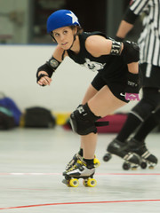 IMG_0262 (clay53012) Tags: ice team track flat arena madison skate roller jam derby league jammer mrd bout flat wftda derby womens track hartmeyer moocon2016