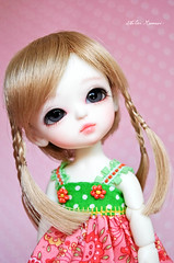 ~Something different in Haewon! The Birth is 27.06. 2006 & The name HaeWon is a Korean baby girl name~ (Cute mini doll~) Tags: white yellow lumi atelier haewon latidoll lati momoni