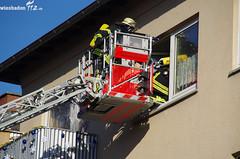 Wohnungsbrand Biebrich 30.11.11 (Wiesbaden112.de) Tags: alarm wiesbaden gas brand feuer rettung feuerwehr polizei ff bf rauch drehleiter biebrich wohnhaus qualm eswe atemschutz wohnungsbrand