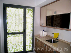 "Cortinas para Cocina, Visillos y Estores con tejidos coloridos y resistentes • <a style=""font-size:0.8em;"" href=""http://www.flickr.com/photos/67662386@N08/6476381283/"" target=""_blank"">View on Flickr</a>"