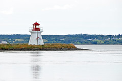 DGJ_4958 - River Bourgeois (Inlet) Lighthouse (archer10 (Dennis) (66M Views)) Tags: lighthouse canada island nikon novascotia free capebreton inlet dennis jarvis d300 iamcanadian islemadame 18200vr riverbourgeois freepicture 70300mmvr dennisjarvis archer10 dennisgjarvis wbnawcnns lennoxpassage