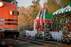 ding-ding-ding-ding (Lisa Ouellette) Tags: california holidays trains oldbuildings polarexpress unionpacific sacramento holidaylights elves oldsacramento southernpacificlines nrhp southernpacificrailroad westernpacificrr