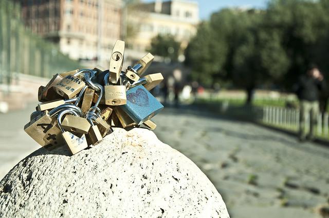 Roma e os cadeados do amor