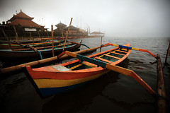 Pura Ulun Danau Beratan 01 (YaLE Studio) Tags: bali lake water colors indonesia temple boat colours roofs myst beratan bedugul puraulundanubratan canonef1635mmf28liiusm canoneos5dmarkii triplehull yalestudio shivaite