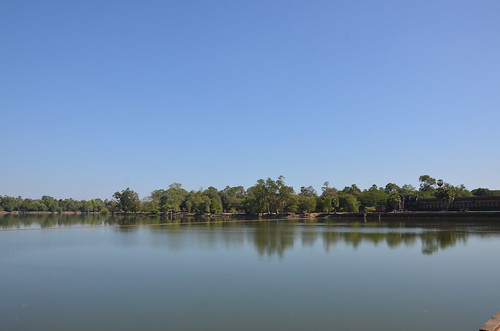 Angkor Wat moat ©  Still ePsiLoN