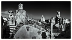 Casa Mila (picture 4B) Tags: barcelona city light sky monochrome architecture blackwhite spain sony duplex stadt gaudi architektur catalunya schwarzweiss casamila a77 katalonien blackwhitephotos sonya77 mygearandme