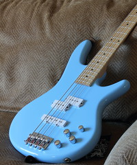 Electric Bass Day 15 2012 (kpspap95) Tags: music canon instrument day15 electricbass canonefs60mmf28macrousm canon60d 3652012 15012012 365the2012edition