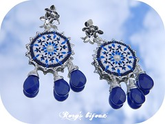 The Chandeliers: White/Blue (-Rory-) Tags: sardegna flowers italy inspiration love agate italia sardinia handmade blu pearls chandeliers fiori baroque onepiece amore navyblue barocco perle agata royalblue tinypetals orecchini pezzounico ispirazione artigianale rorysbijoux petaloapetalo