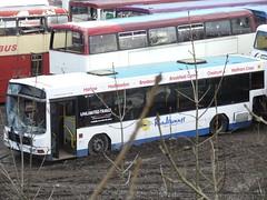 Carlton, Barnsley (Andrew Stopford) Tags: carlton harlow wright scania pathfinder barnsley londonbuses axcess hardwicks ultralow yourbus l113crl roadrunnercoaches rdz1712