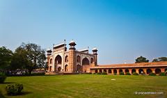 Way To Taj Mahal