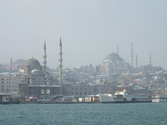 Istanbul in Winter (CyberMacs) Tags: winter sea snow nature weather turkey season other minaret muslim islam religion places istanbul mosque ottoman cami deniz istambul islamic ottomanarchitecture fatih constantinople camii eminn yenicami suleiman sleymaniyecamii suleimanthemagnificent sleymaniyemosque architecturalstyle sultansuleimani othernames