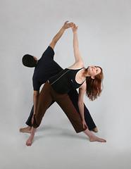 yoga-triangle-pose-synergybyjasmine