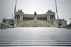 """Rome, snow • <a style=""""font-size:0.8em;"""" href=""""http://www.flickr.com/photos/89679026@N00/6818253931/"""" target=""""_blank"""">View on Flickr</a>"""