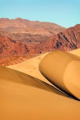 Dune Arc (sandy.redding) Tags: deathvalley deathvalleynationalpark dvnp landcape sand dune arrakis nikkor80200mmf28ded portraitorientedlandscape california