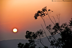 Best time of the day - Sunset :) (Kanishka **) Tags: sunset shadow sun india mountain tree canon dark fun evening nice warm karnataka coorg samrat kanishka sooth kanishkasamrat canon550d