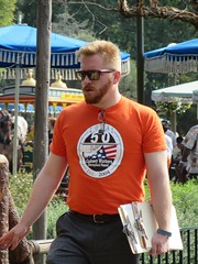 IMG_8004 (CAHairyBear) Tags: man men uomo mann hombre manner homme hom