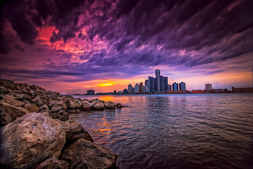 """Sunset behind Detroit • <a style=""""font-size:0.8em;"""" href=""""http://www.flickr.com/photos/76866446@N07/13873131643/"""" target=""""_blank"""">View on Flickr</a>"""